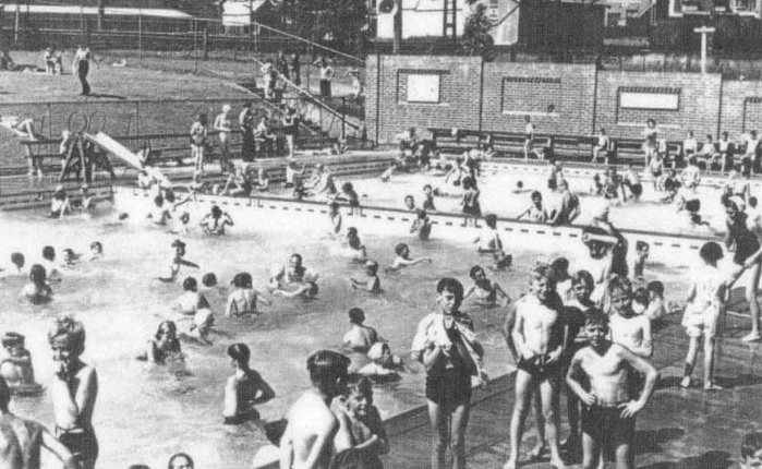 Historic photo of aquatic centre